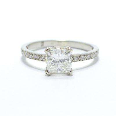 4fe029c973 1 ct Princess csiszolású gyémánt, Gyémánt pavéval Eljegyzési gyűrű